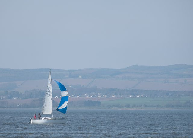 Sailing on the Tay (Courtesy of Stan Farrow)